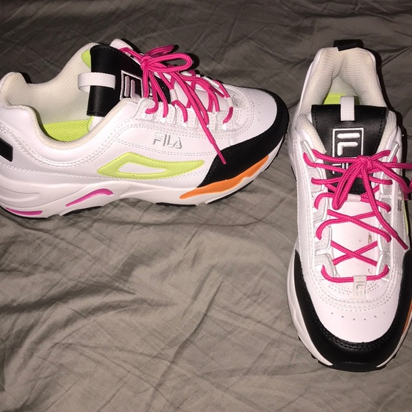 Fila Disruptor 2 X Ray Tracer Nwot